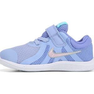 NIKE REVOLUTION 4 Girls Shoes Size 8 C NEW